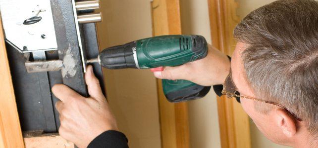 ¿Qué herramientas tiene un cerrajero?